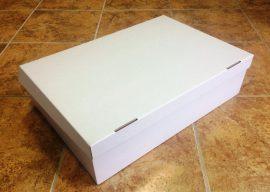Torta doboz 45*31*12cm fedeles(csak személyesen vásárolható)