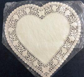 Torta csipke - 32cm Szív fehér